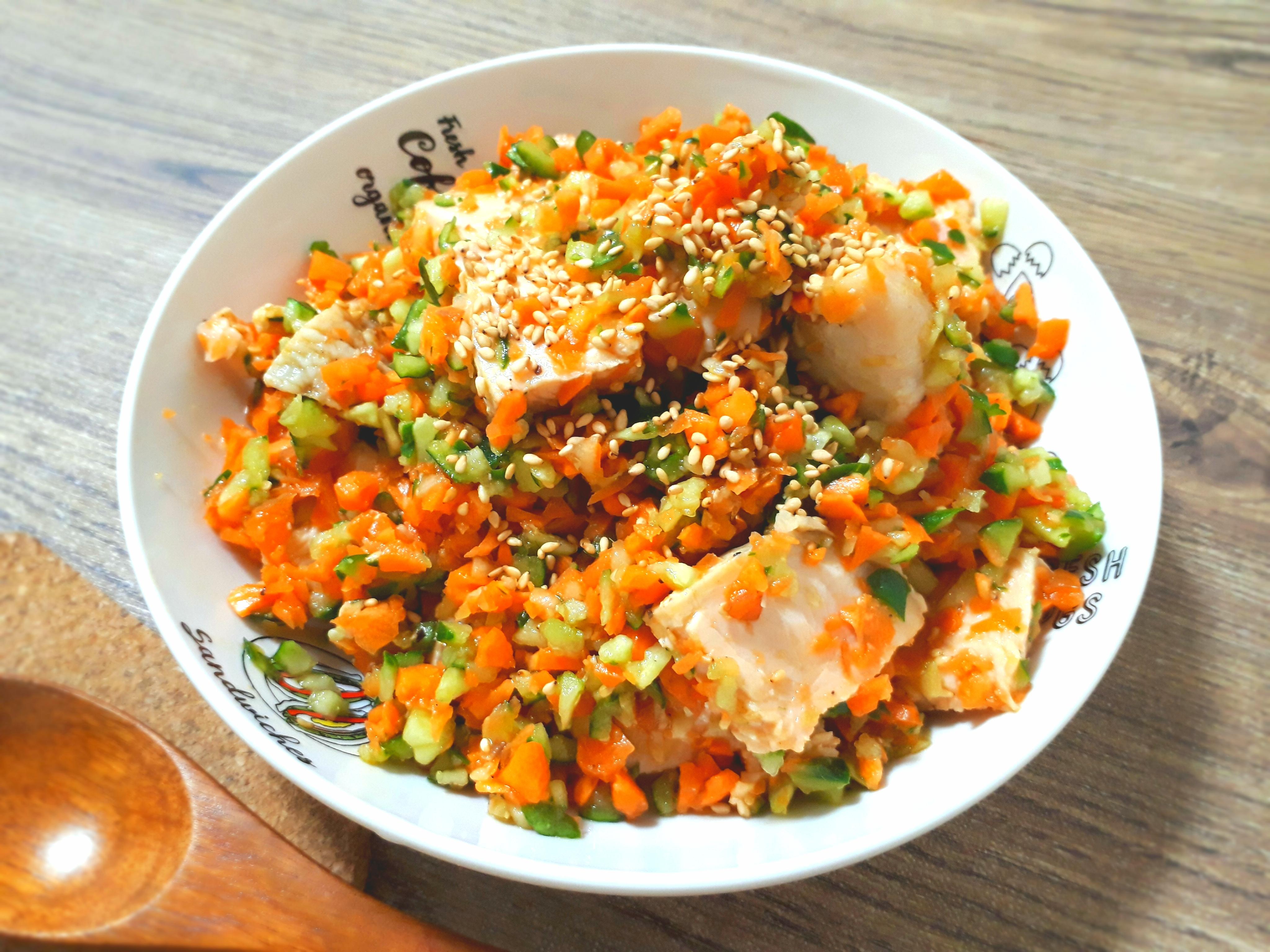 生姜ベースの中華風チョップドサラダ